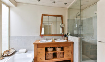 How To Ventilate A Bathroom
