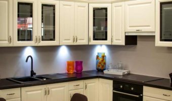 making the Kitchen cabinet for Sink